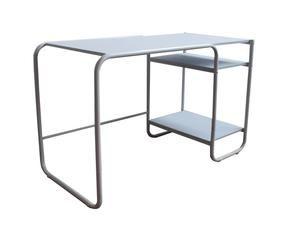 Mesa de ordenador dise o y confort westwing for Diseno mesa ordenador