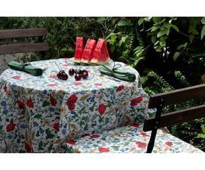 Tovaglie antimacchia praticit e colore in cucina dalani e ora westwing - Tovaglie plastificate design ...