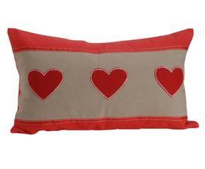 Shop hier de mooiste rode kussens mét korting westwing