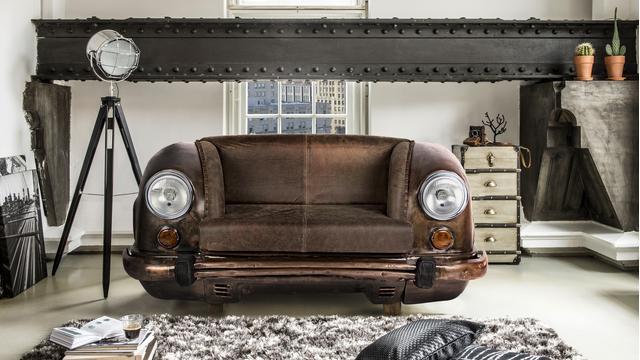 Mai visto prima: Car Sofa!