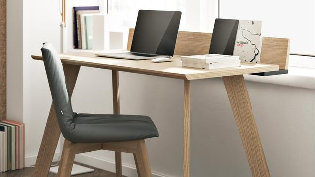 DER smarte Schreibtisch