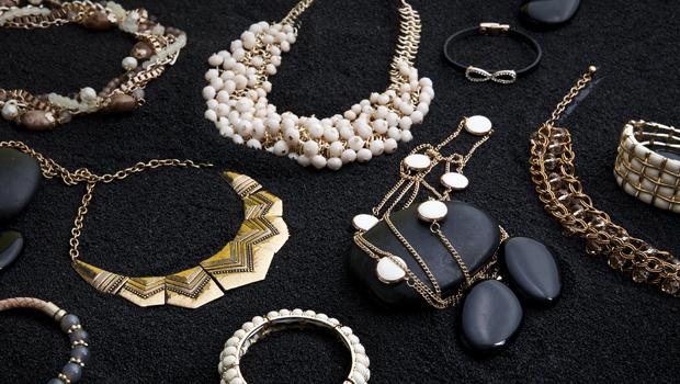 D&X − Fashion Jewellery