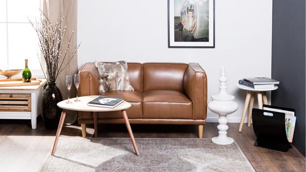 Sofas, Kommoden, Tische und mehr
