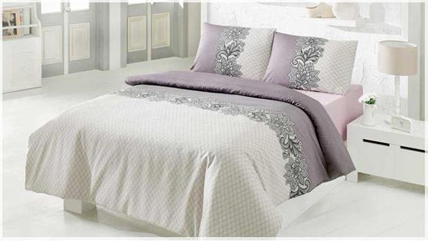 Krásná postel