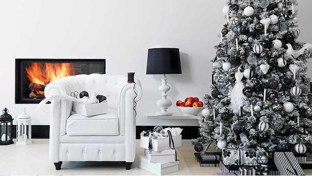 Stromeček black & white