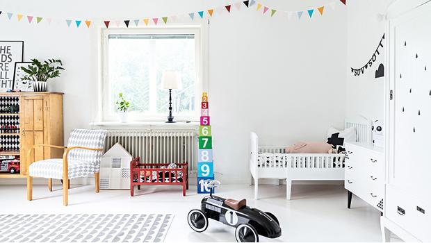 kleine zimmerdekoration kleiderschrank design babyzimmer, kinderzimmer kleines scandi-paradies | westwing, Innenarchitektur