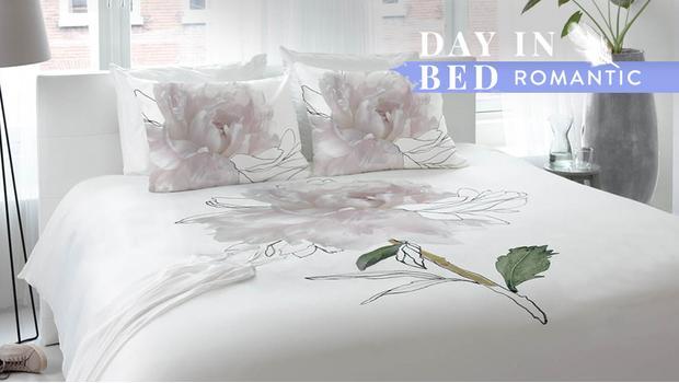 romantisch gebettet verspielte bettw sche zum tr umen westwing. Black Bedroom Furniture Sets. Home Design Ideas