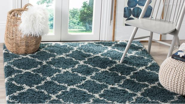 geometrische teppiche auf diesen trend stehen wir westwing. Black Bedroom Furniture Sets. Home Design Ideas