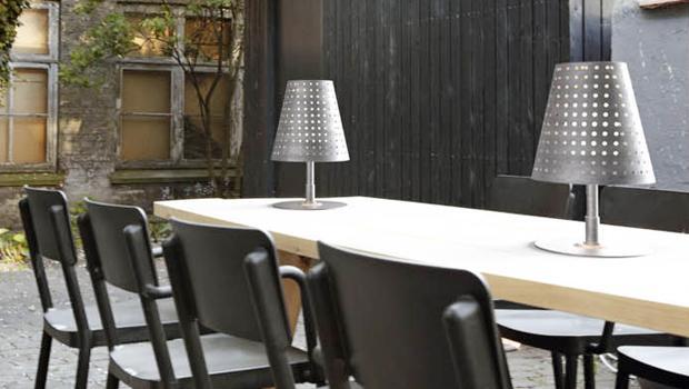 leuchten f r drau en led spots wand tischleuchten westwing. Black Bedroom Furniture Sets. Home Design Ideas