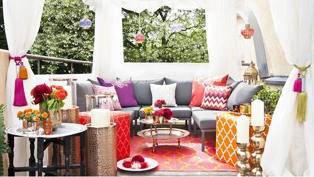 Orientalische Outdoor-Lounge