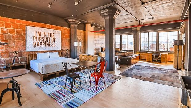 wohnen wie im loft hotel new yorker industrial flair westwing. Black Bedroom Furniture Sets. Home Design Ideas