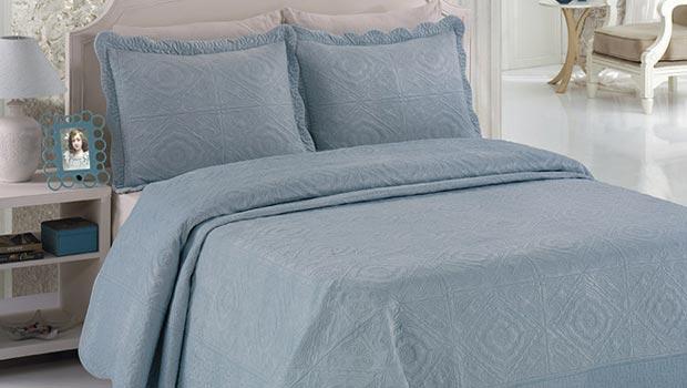 couvre lit bleu ciel couvre lits et housses d'oreiller En coton & taffetas | Westwing couvre lit bleu ciel