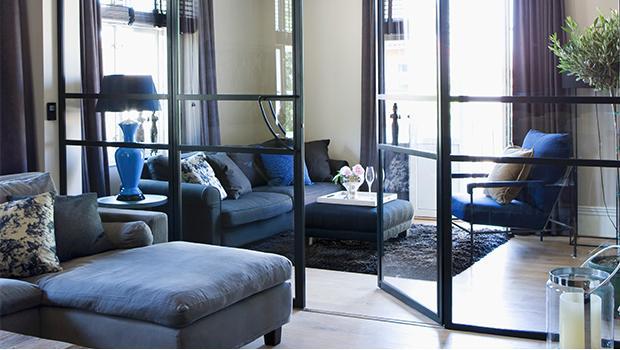 mobilier industriel bleu