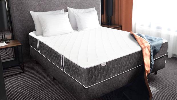 novative by olivier lapidus sommiers matelas t tes de lit westwing. Black Bedroom Furniture Sets. Home Design Ideas