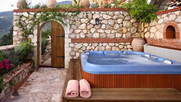 Salon outdoor et jaccuzzi