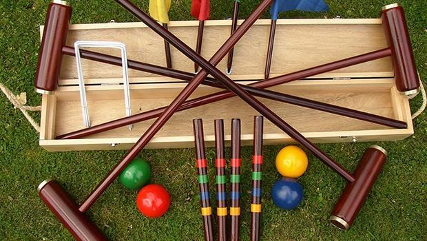 traditional garden game