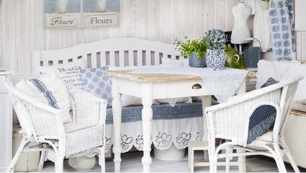 Shabby in blue