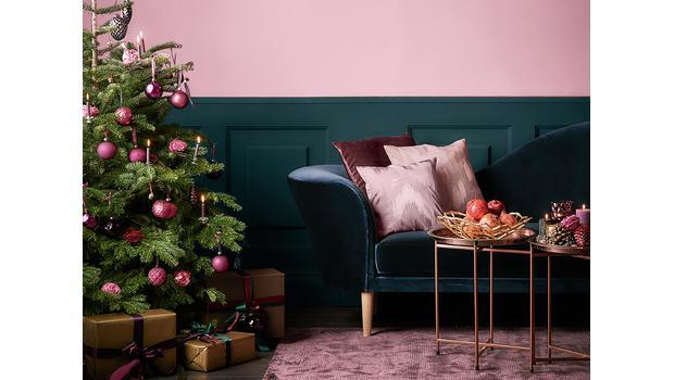 Christmas: Pink Edition
