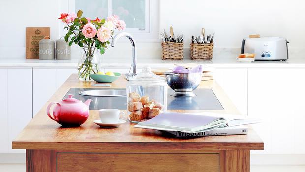 Una cucina a colori