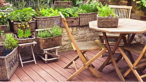 giardino low cost arredi a piccoli prezzi westwing