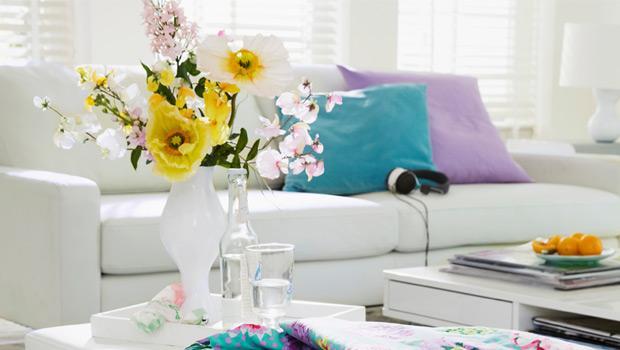 Окружая цветами