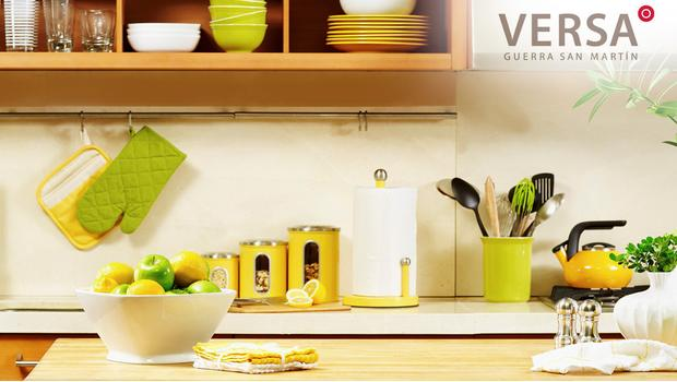 Versa: Bright Kitchen