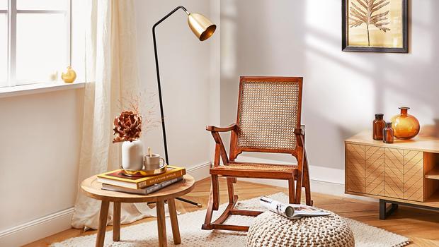 Schommelstoel Op Balkon : Comeback van de schommelstoel van retro rotan tot trendy fluweel