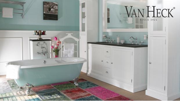 Stijlvolle Plafonniere Badkamer : De luxe badkamer van gietijzeren bad tot spiegel westwing
