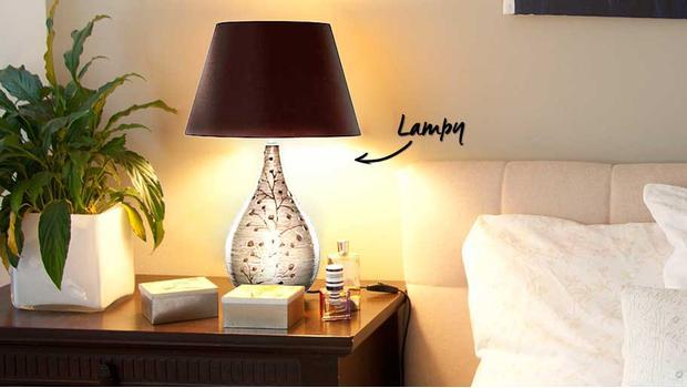 Ponad 90 lamp stołowych