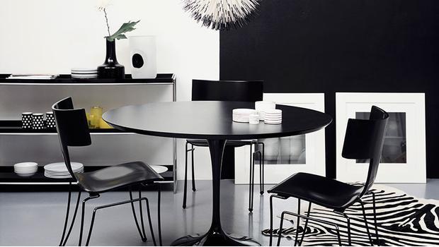 Apartment in black