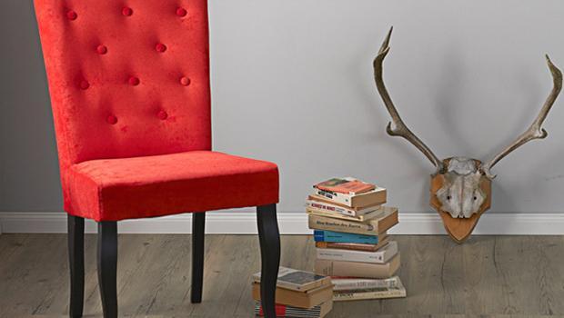 Barwne krzesła