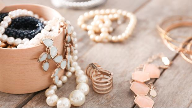 Kolekcja perłowej biżuterii