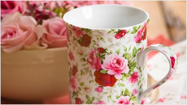 Stół w kwiatach