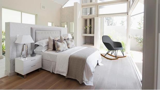 Tuoni: salon i sypialnia
