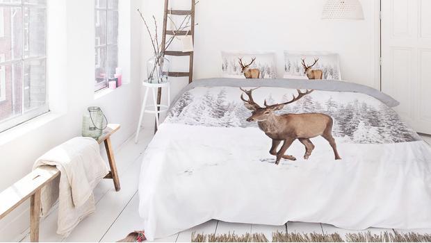 Sypialnia cała we wzorach