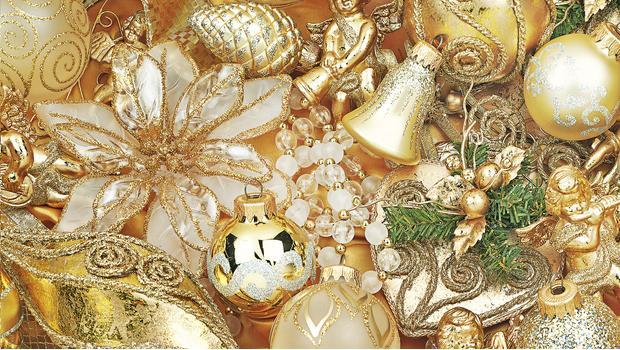 Goodwill: Новый Год в золотом