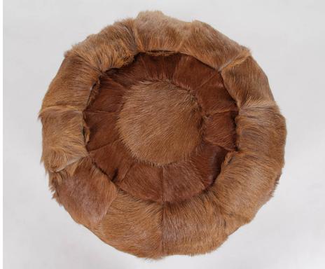 Piezas hechas a mano pufs alfombras y fundas de coj n - Cocinas hechas a mano ...