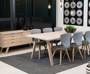 Stoły jadalniane, stoliki, krzesła