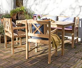 Dänisches Möbel-Design für draußen