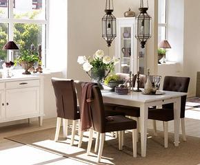 Stoły, krzesła, kredensy