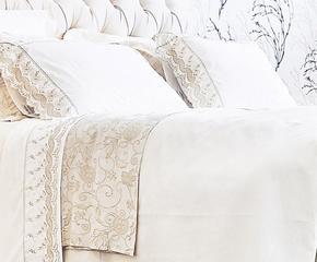 Текстиль для спальни как поэзия
