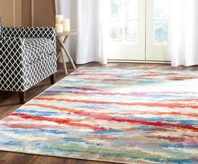 Kolekce barevných a vzorovaných textilií